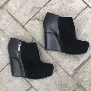 Gorgeous Aldo Suede & Leather Heeled Wedge Booties